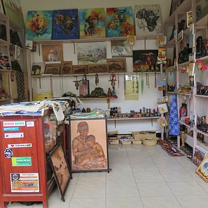 Inside view mama Africa gift sho