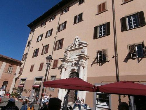Ex ospedale orfanelli in centro a Pisa