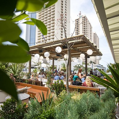Daytime sessions at the Island Rooftop