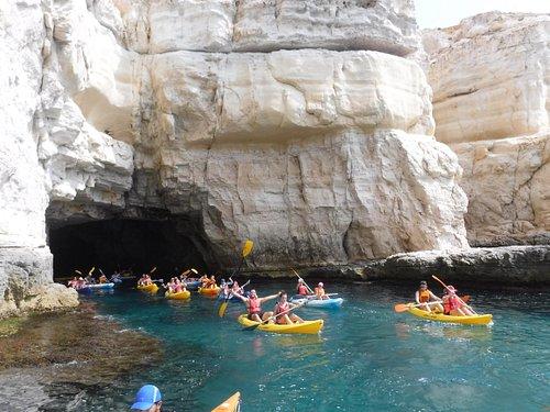 Visita a la Cueva de Los Piratas en el Parque Natural Cabo de Gata