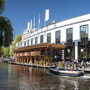 Holland Casino Amsterdam Centrum, gezien vanaf de Stadhouderskade.