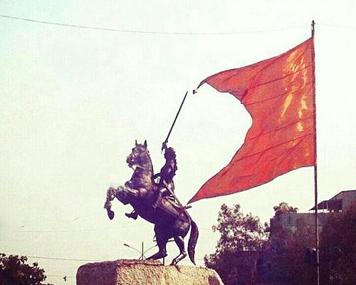 TARARANI STATUE