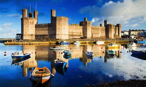 we offer castle trips and visits to many of north wales and snowdonias castles and world heritage sites