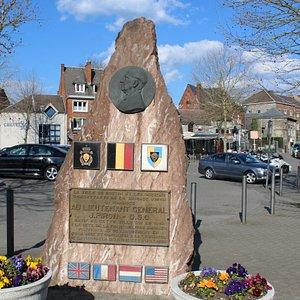 monument piron