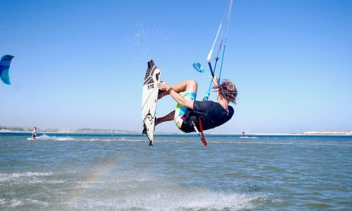 Kitesurf in Fuzeta, Ria Formosa, the 8th wonder of Portugal