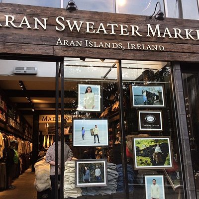 Aran Sweater Market, Gafton Street, Dublin - window display