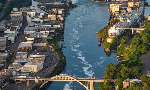 The lower Willamette River is full of history and beauty.  Enjoy all this from the water.