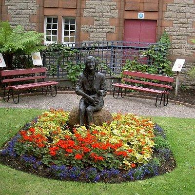 Linda mccartney memorial garden