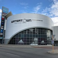 Welcome to Watertown Brand Outlet Centre, West Perth