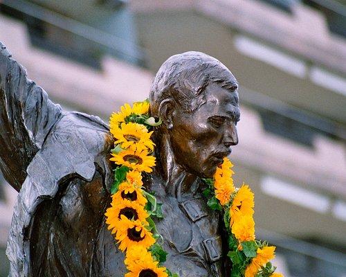 Freddie Mercury Statue Montreux