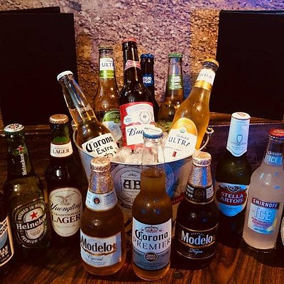 """Each And Every Monday !!!! Happy Hour today from 4pm-7pm  Beer bucket specials: 3 Domestic Beers for $6 4pm-Close 3 Import Beers for $8 4pm-Close $5 """"You call it"""" well drinks  Best drink specials in town at your #1 Adult Hangout in Lake Charles, Juicy's Lounge!!! See ya after work!! Live DJ tonight!! #JuicysLounge #Dancing #SwingOut #SouthernSoul #Cigars #PatioBar #PorchParty #DrinkSpecials #BeerBuckets #WineBuckets #Bar #FullBar #Drinks #Hookah #HookahLounge #Lounge #VideoPoker #sportsbar #Best"""