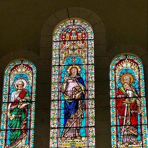 Le style byzantin comme à la cathédrale Une belle église du 19ème siècle de style Byzantin. C'est un édifice beaucoup plus modeste que la cathédrale mais auquel j'ai trouvé beaucoup de charme. Le parvis est accueillant et le quartier Saint-Martin plutôt agréable.