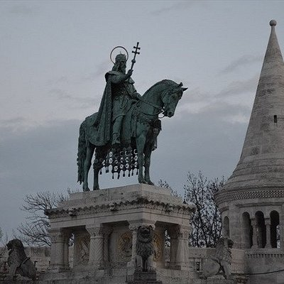 Buda Castle and our founder king St.Stephan