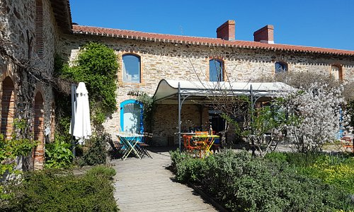 Le restaurant avec sa terrasse