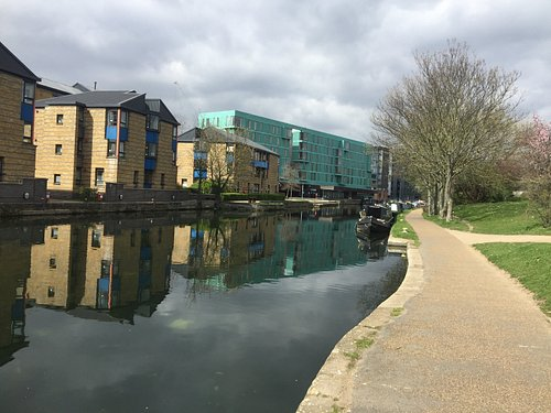 Mile End Park lungo il Regent's Canal