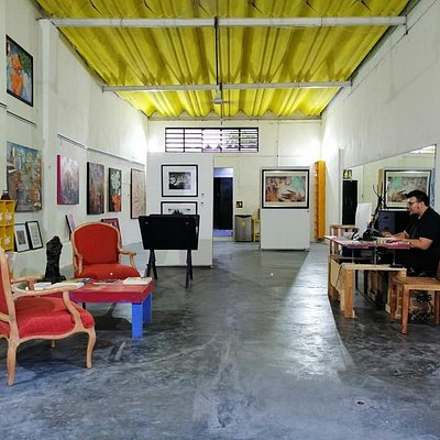 Come to visit our art gallery