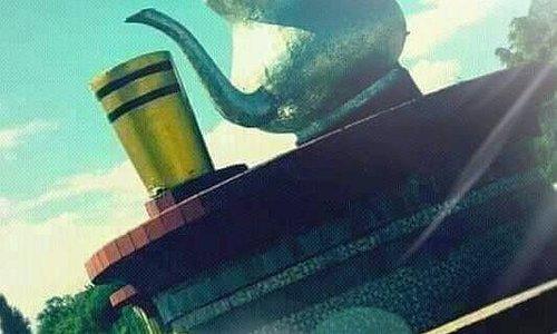 عندما ترى هذه الصورة، فأكيد أنت في مدينة مغنية بولاية تلمسان بالجزائر وهي تعبر عن الشاي