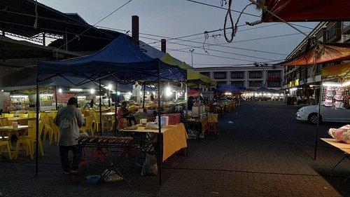 Pasar Borong Wakaf Che Yeh (Night Market)