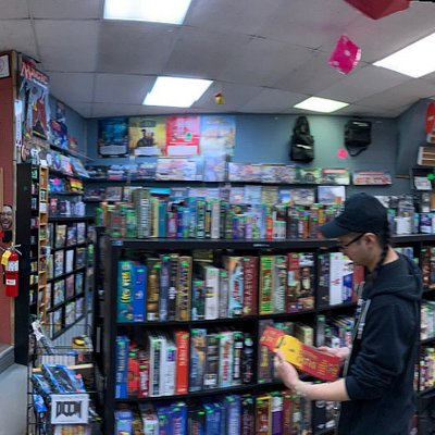 What a NEAT place!  Games, toys, and more games!  Buy used board games and even rent them!  Plus they have a great selection of high end YoYos available!