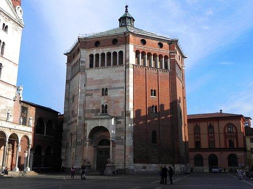 Il Battistero di Cremona