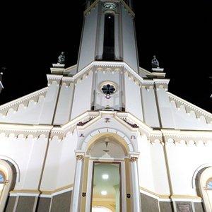 Igreja matriz de Andradas fica na praça principal da cidade
