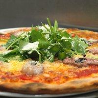 Pizzas singulares y de autor en nuestra carta, marcan la diferencia