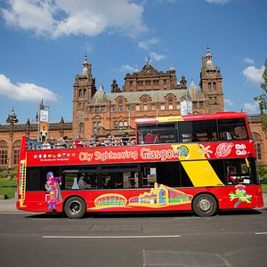 Kelvingrove Art Gallery and Museum is one of Scotland's most iconic museums - and we stop right outside!