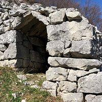 capanna di pietra