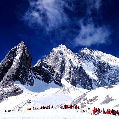 The beautiful Scenery of Jade Dragon Snow Mountain