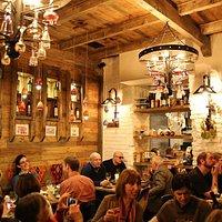 g.Vino Wine Bar