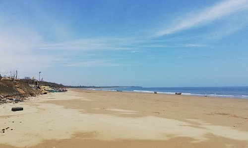 Absolutely stunning beach.... Was deserted in the week...
