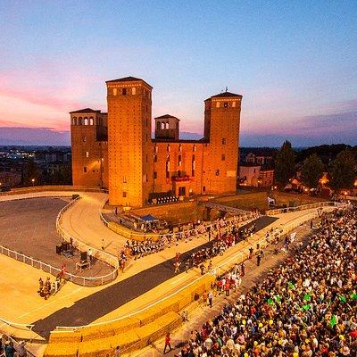 Castello di Fossano - Palio dei Borghi 2017  Foto di Simone Mondino