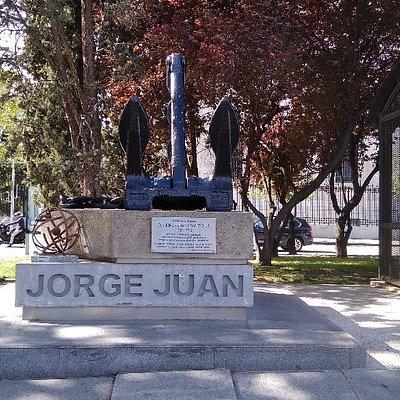 Monument to Jorge Juan y Santacilia