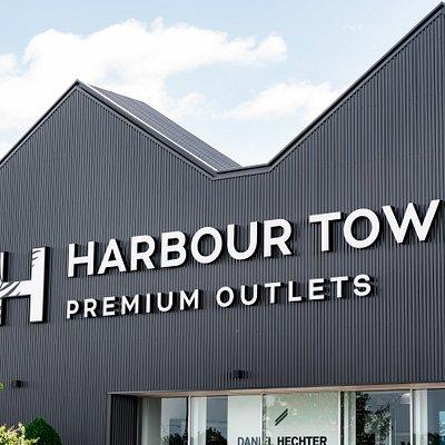Harbour Town Premium Outlets.