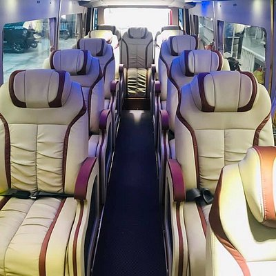 Wingroup luxury transfer offers you the best quality and service of the bus.