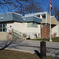 Streetsville Library at 112 Queen St S