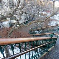Escalier Frontenac menant à la Passerelle de la Porte Prescott et au Parc de Montmorency.