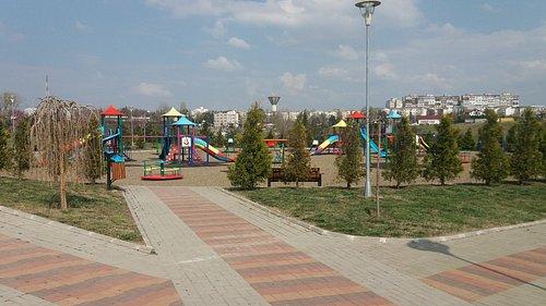 Playgrounds for children by Cornisa AquaPark & Sports Botosani