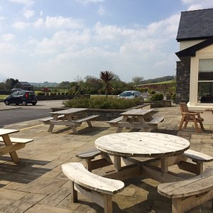 Sunny patio ready for you to enjoy the lovely weather