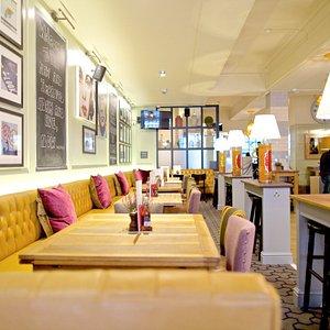 Oxford Street pub