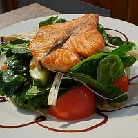 salmon & salad: awesome