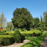 Castle Bromwich Hall Gardens, April 2019
