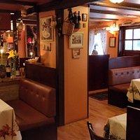 SUPER cozy, romantic, AMAZING food and service!