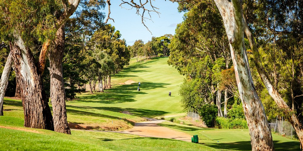 A tough tee shot awaits golfers on the 6th Hole