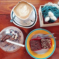 Hot Latte .. Choco Banana Frappe .. Soft Brownie