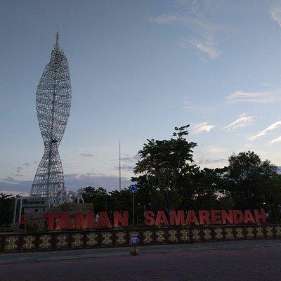 Early morning run around Samarendah Park