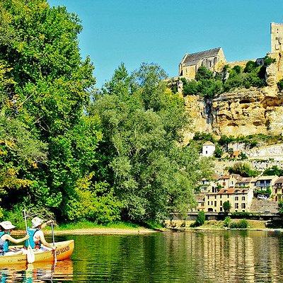 Canoë Vacances louez un canoë ou un kayak sur la  Dordogne à La Roque Gageac