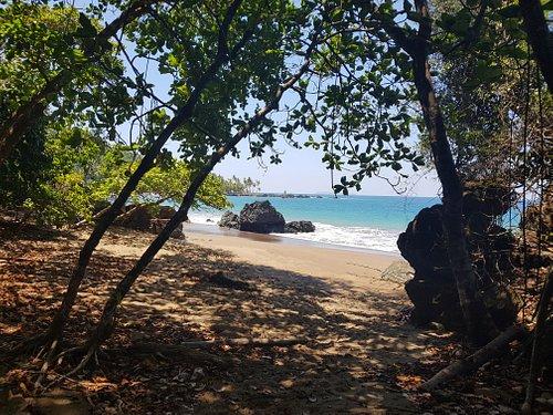 Beaches on the way to playa san Josecito