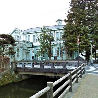 県庁堀~4(堀から続く水路)