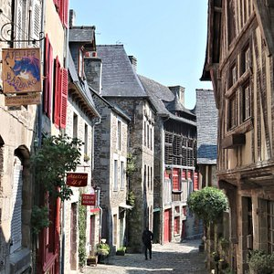 Take a walk up the cobbled streets towards busy old Dinan itself, with shops, etc.  Very pretty.  Quite a climb but worth it.
